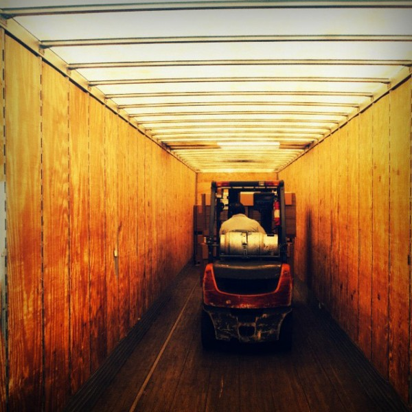 komatsu forklift 1 600x600 A Look at Komatsu Forklift Parts